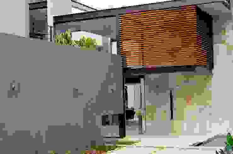 House Brian Modern houses by Nico Van Der Meulen Architects Modern