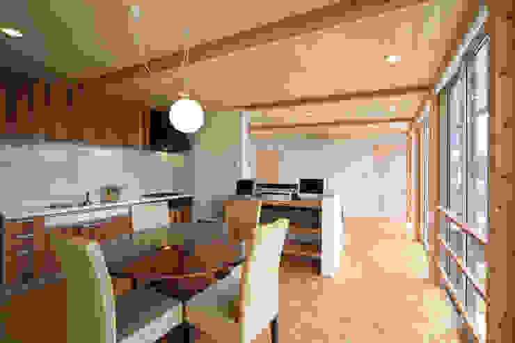 寺東の家 オリジナルデザインの ダイニング の 五藤久佳デザインオフィス有限会社 オリジナル