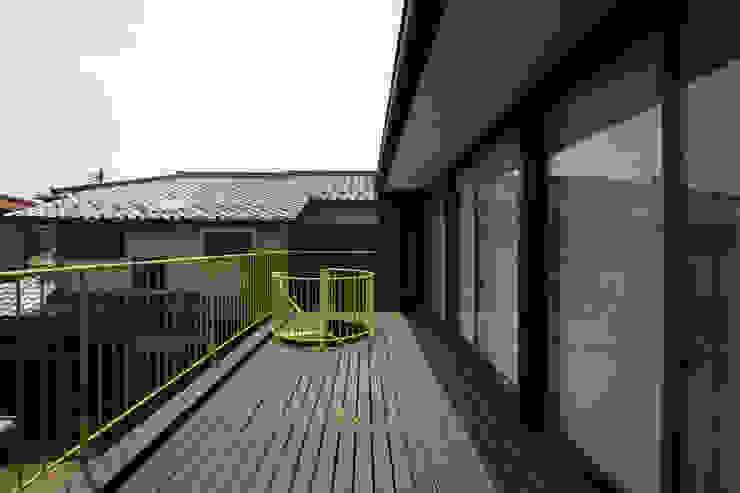 寺東の家 オリジナルデザインの テラス の 五藤久佳デザインオフィス有限会社 オリジナル
