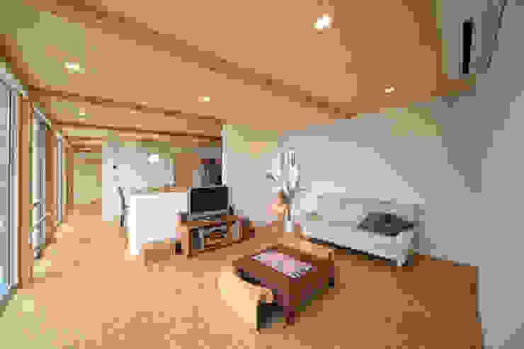 寺東の家 オリジナルデザインの リビング の 五藤久佳デザインオフィス有限会社 オリジナル