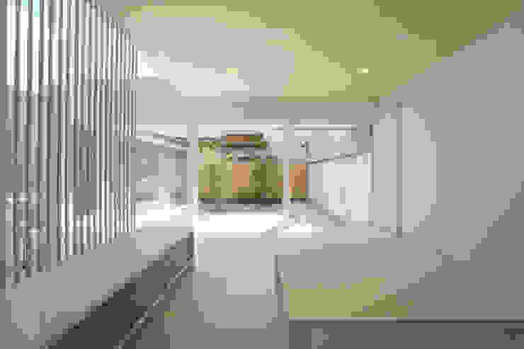 東刈谷の家 オリジナルデザインの リビング の 五藤久佳デザインオフィス有限会社 オリジナル
