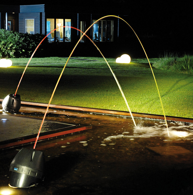 Laminar Jumping Water Jets Modern garden by Water Garden Ltd Modern