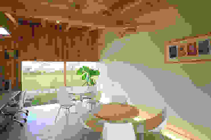さとこまき調剤薬局 オリジナルデザインの 多目的室 の 五藤久佳デザインオフィス有限会社 オリジナル