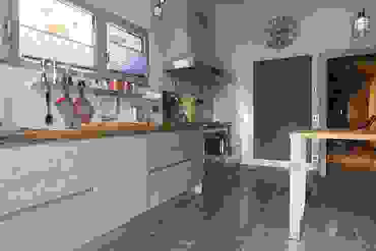 Cucina Cucina moderna di DF Design Moderno