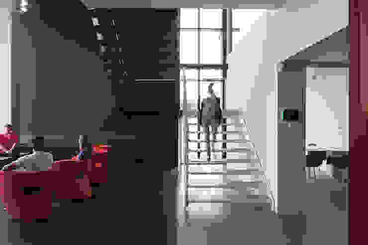 entree Moderne kantoorgebouwen van PUUR interieurarchitecten Modern