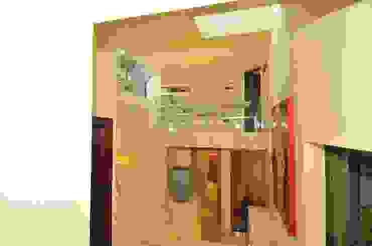 House Fern Modern corridor, hallway & stairs by Nico Van Der Meulen Architects Modern