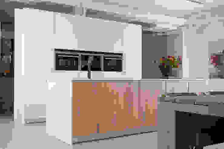 NewLook Brasschaat Keukens Dapur Modern