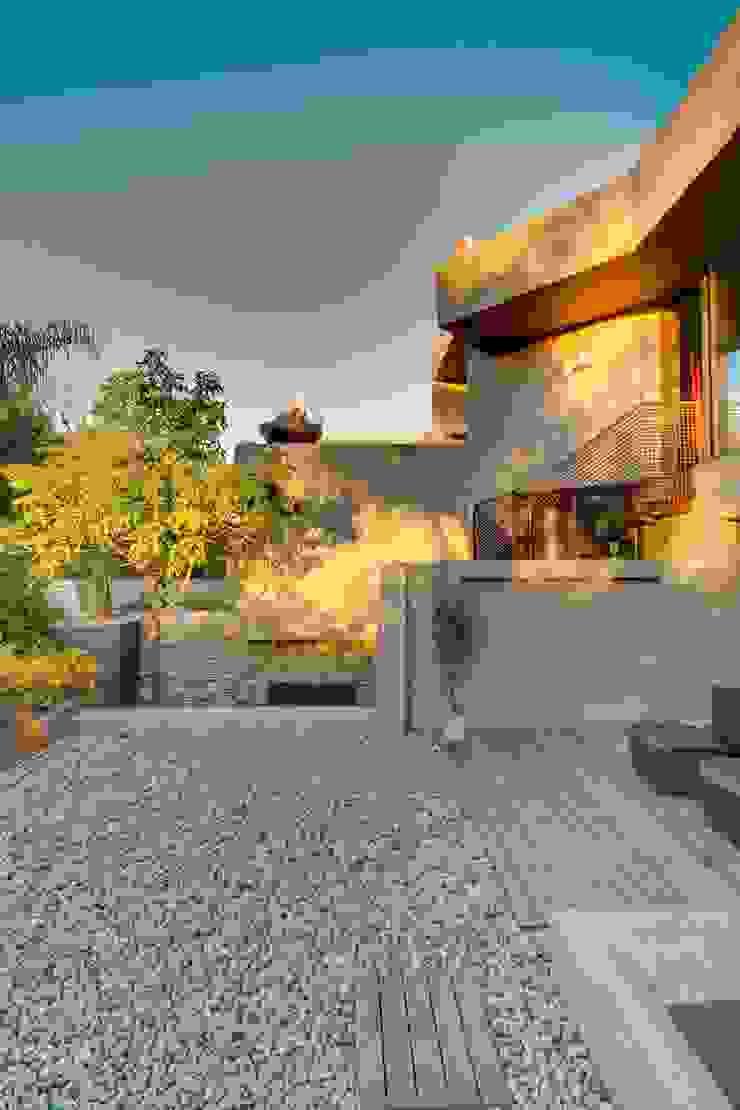House Fern Modern houses by Nico Van Der Meulen Architects Modern