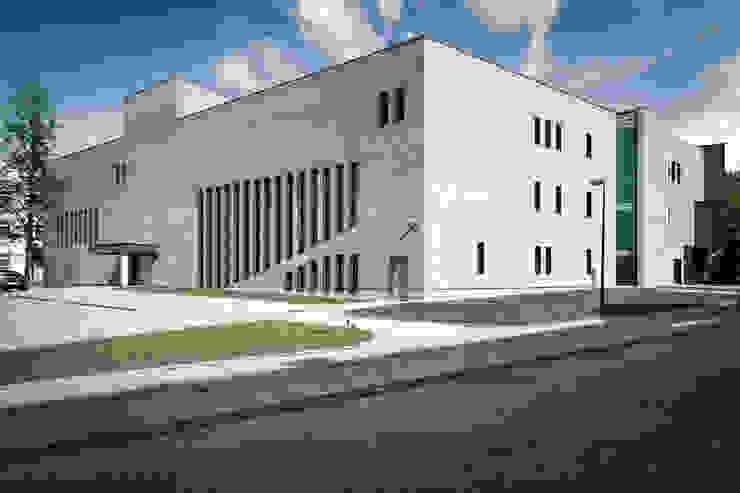 Elewacja od METEOR ARCHITECTS Anna Pszonak Nowoczesny