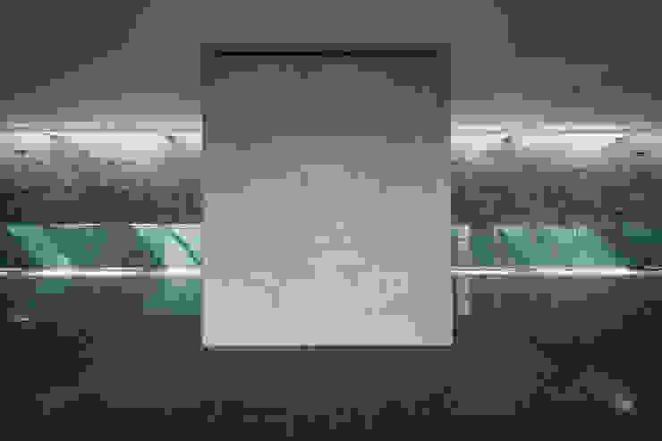 Wnętrze - hol i winda od METEOR ARCHITECTS Anna Pszonak Nowoczesny