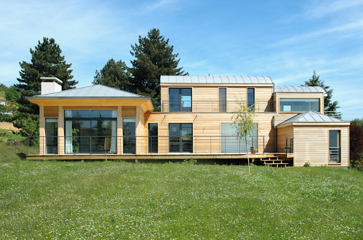 Maison Ossature Bois par homify Moderne