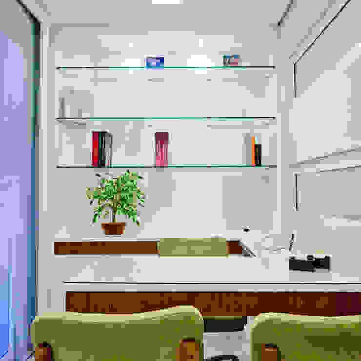 Consultório Spa moderno por Enzo Sobocinski Arquitetura & Interiores Moderno