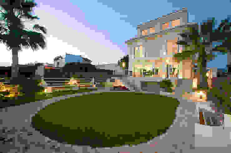 Casa en Malaga Casas de estilo moderno de Artemark Global Moderno
