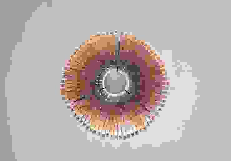 Wisząca lampa z klamerek I od Crea-re Studio Industrialny
