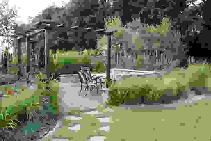 Ogród pod lasem Garden Idea - Projektowanie Ogrodów