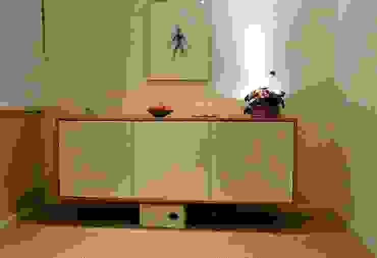 floating sideboard woodstylelondon Living roomCupboards & sideboards