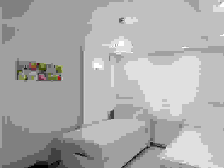 Bedroom by Emre Urasoğlu İç Mimarlık Tasarım Ltd.Şti.