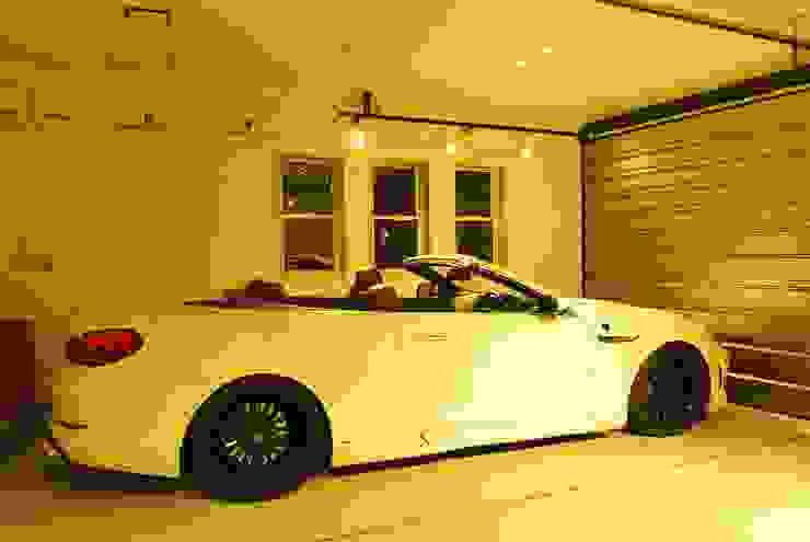 西川真悟建築設計 Moderne Garagen & Schuppen