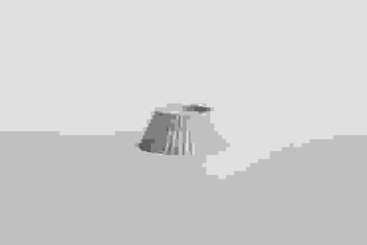 SMIN Rest collection – Concrete planter, coaster, candle holder : SMIN의 현대 ,모던