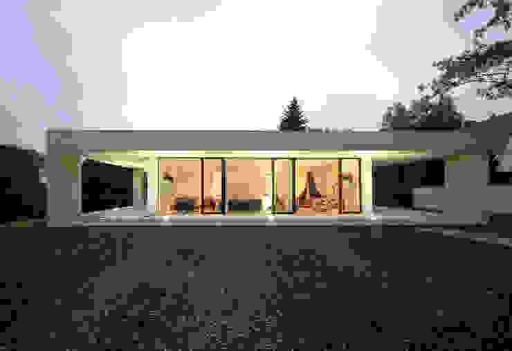 ミニマルな 家 の Osterwold°Schmidt EXP!ANDER Architekten ミニマル