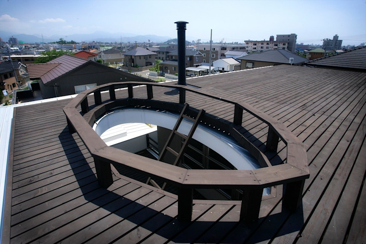 愛媛県松山市の家 モダンデザインの テラス の Y.Architectural Design モダン