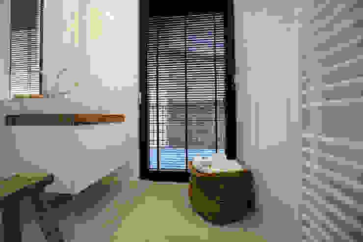 Project inrichting Herenhuis Antwerpen Moderne badkamers van Antequercus Modern