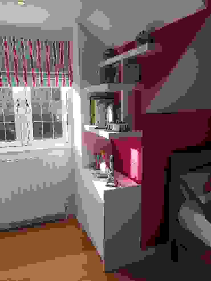 Simple storage solution for kids bedroom Modern style bedroom by Designer Vision and Sound: Bespoke Cabinet Making Modern