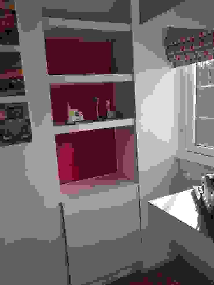 simple bedroom storage, before Modern style bedroom by Designer Vision and Sound: Bespoke Cabinet Making Modern