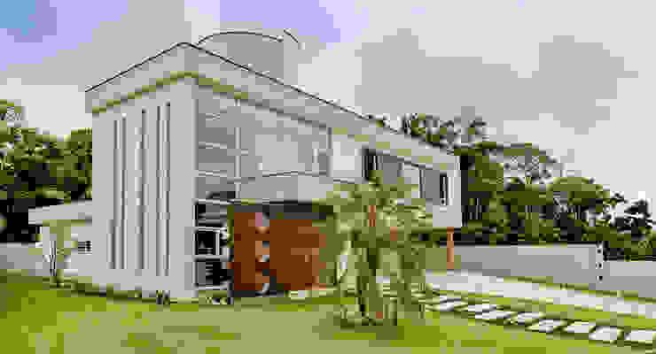 Moderne Häuser von Espaço do Traço arquitetura Modern