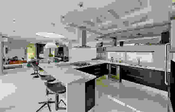 Modern Kitchen by Espaço do Traço arquitetura Modern