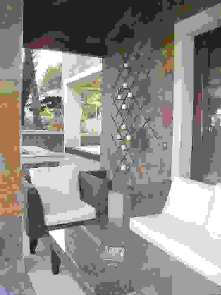 Proyectos y Mobiliario Balcones y terrazas de estilo moderno de DEKMAK interiores Moderno