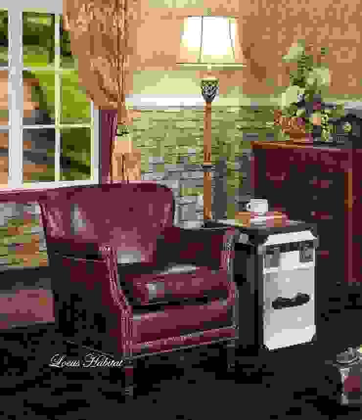 Leather armchair por Locus Habitat Clássico