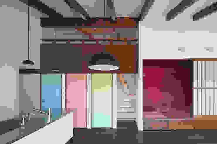 和傘の家 モダンデザインの 子供部屋 の 田村の小さな設計事務所 モダン
