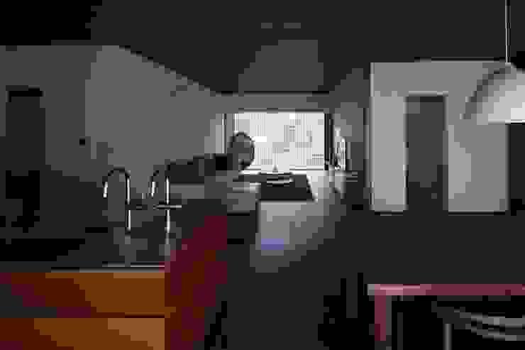 中山町の家 モダンデザインの リビング の 深山知子一級建築士事務所・アトリエレトノ モダン