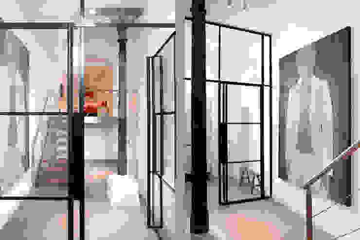 Schelpstraat Den Haag Architectenbureau Filip Mens Moderne gangen, hallen & trappenhuizen