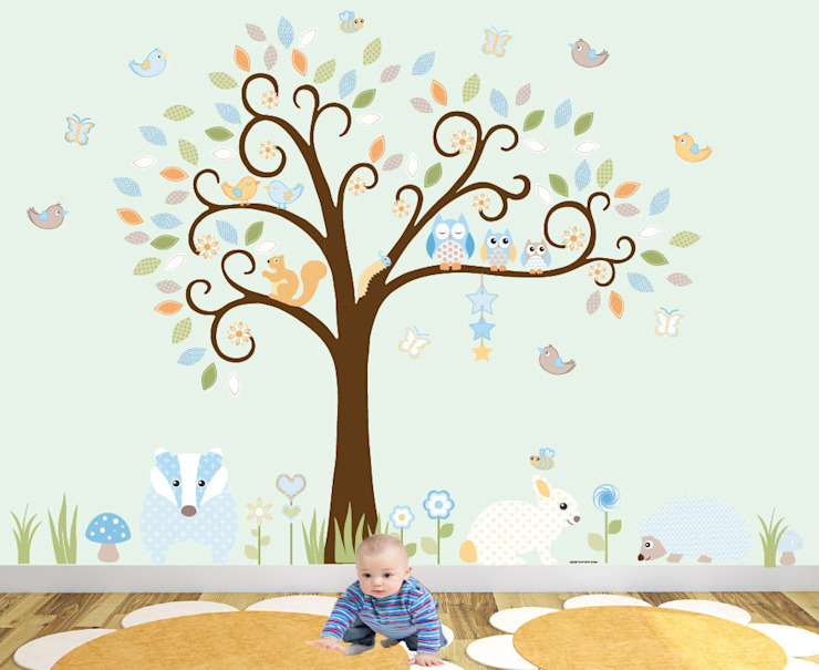 Woodland Animal Luxury Nursery Wall Art Sticker Design for a baby girls or baby boys nursery room par Enchanted Interiors Moderne