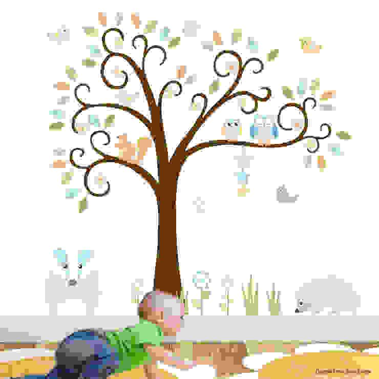 Woodland Animal Luxury nursery wall art sticker design for a baby boys or baby girls nursery room par Enchanted Interiors Moderne