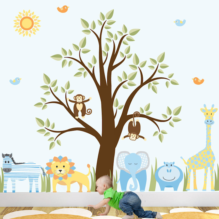 Deluxe Jungle Animal Luxury Nursery Wall Art Sticker Design for a baby boys nursery room de Enchanted Interiors Moderno