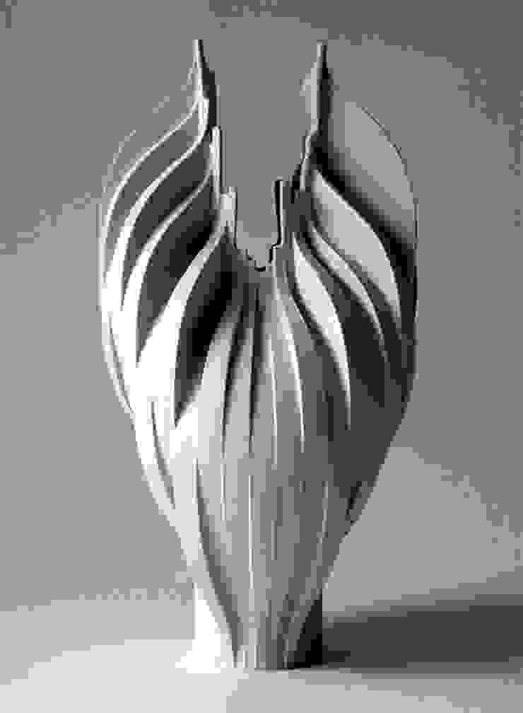 Motion Series: PORCELAIN STUDIO KYUNGMIN LEE 의 현대 ,모던