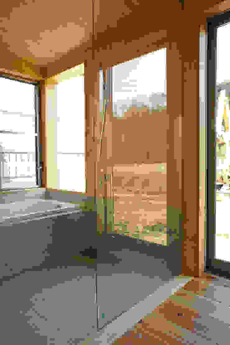 大井の平屋 オリジナルスタイルの お風呂 の 環境創作室杉 オリジナル