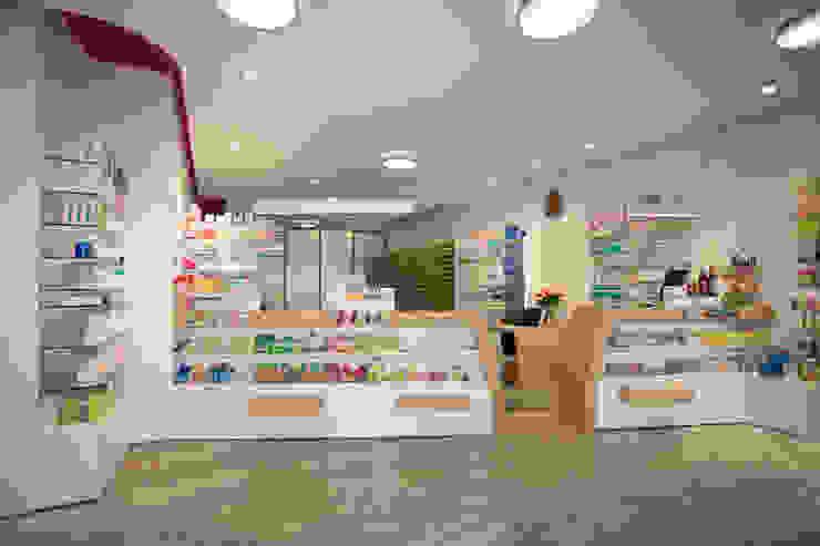 Officin Moderne Ladenflächen von Architekturbüro Buhrdorf Modern