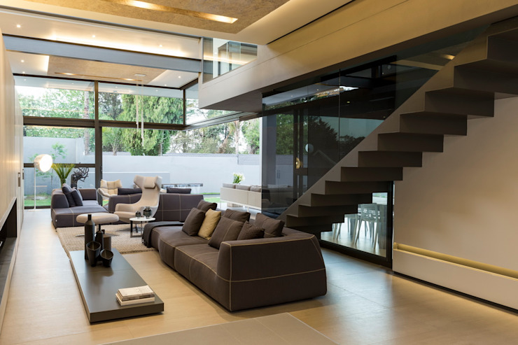 House Sar Гостиная в стиле модерн от Nico Van Der Meulen Architects Модерн