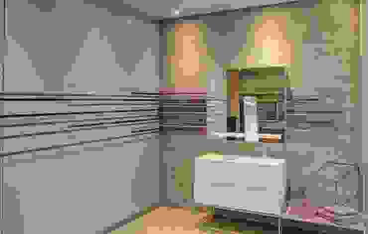 House Sar Nico Van Der Meulen Architects Modern style bathrooms