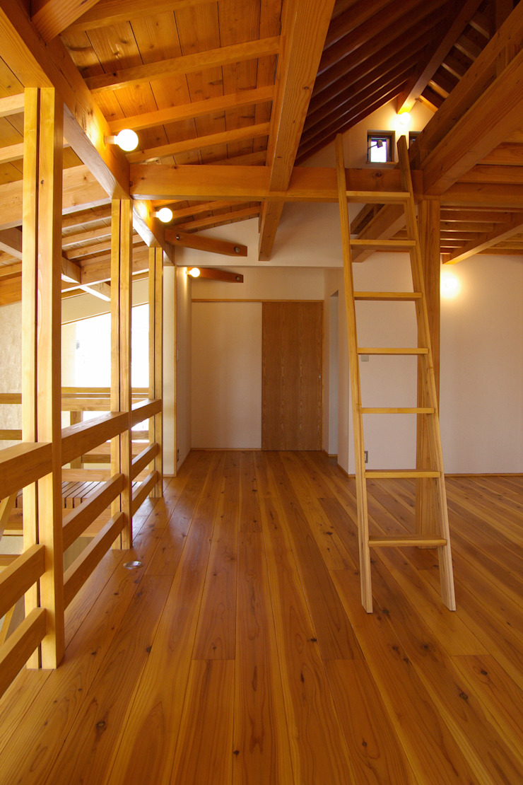 新・鎌・家 オリジナルスタイルの 玄関&廊下&階段 の 環境創作室杉 オリジナル