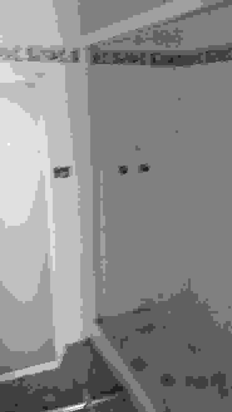 Estado anterior del baño de 2 Mar Construcciones HNOS. VINCELLE LLAMEDO S.L.