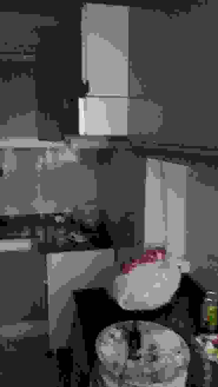 Estado anterior de la cocina de 2 Mar Construcciones HNOS. VINCELLE LLAMEDO S.L.
