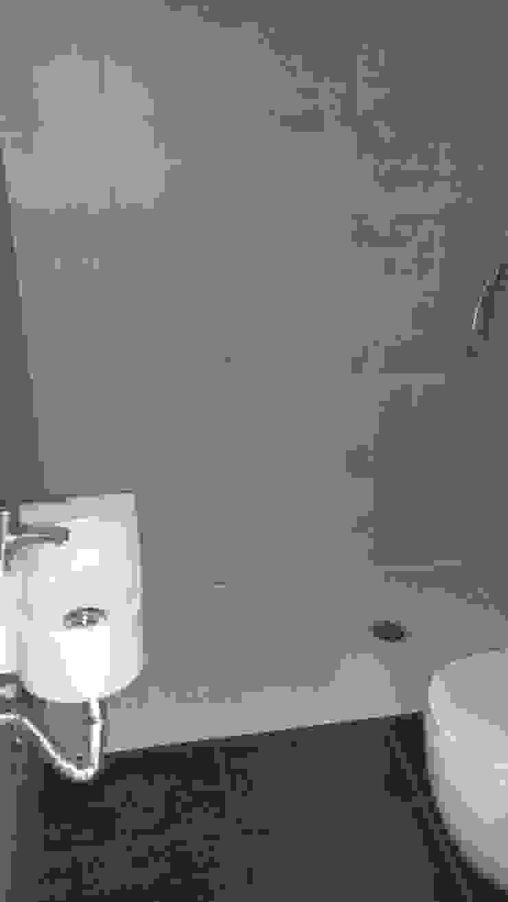 Baño reformado de 2 Mar Construcciones HNOS. VINCELLE LLAMEDO S.L.