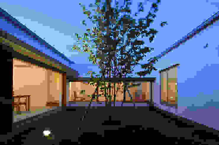 Vườn phong cách Bắc Âu bởi 松原建築計画 一級建築士事務所 / Matsubara Architect Design Office Bắc Âu Gỗ Wood effect