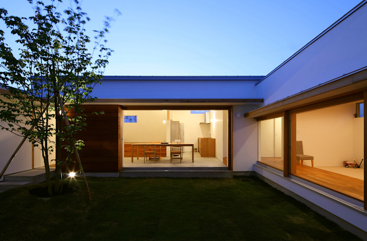 Vườn phong cách Bắc Âu bởi 松原建築計画 一級建築士事務所 / Matsubara Architect Design Office Bắc Âu