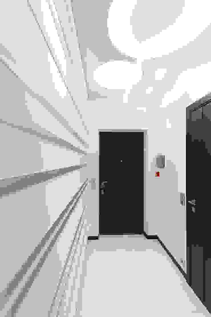 Прихожая Коридор, прихожая и лестница в стиле минимализм от Andrey Gulyaev Architects Минимализм